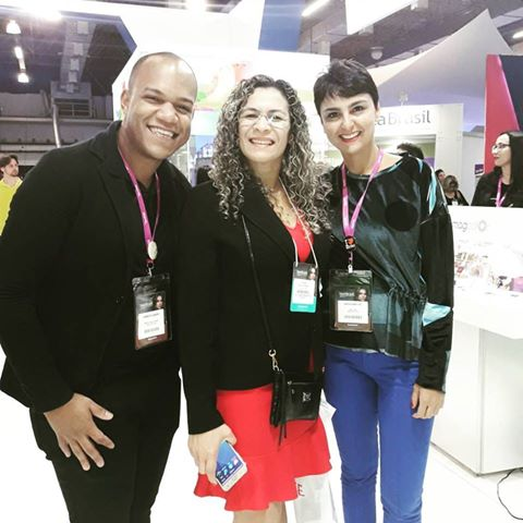 Nossa Master e Presidente Andrea Martins, o querido Roberto Batista e Leny Ribeiro em nosso stand da Hair Brasil